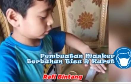 Rafi Bintang Putra Kapolda Kepri, Irjen Andap Budhi Revianto tengah memperagakan cara membuat Masker